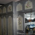 Как преобразить старую мебель