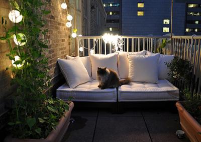 Создаем уютную обстановку на балконе