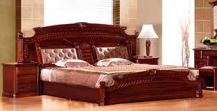 Из какой древесины чаще делают массивную мебель?