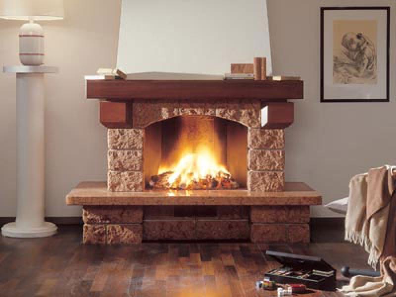 Камин в доме - красиво или тепло