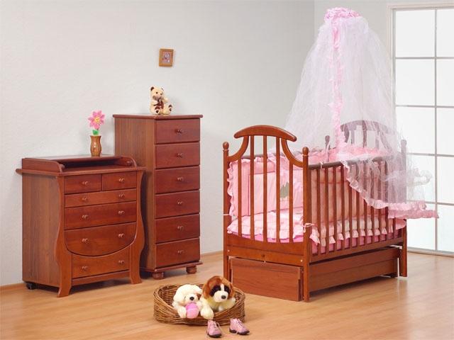 Чтобы лучше спалось, выбирайте деревянные кровати