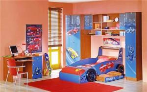 кровать мальчику в форме машины